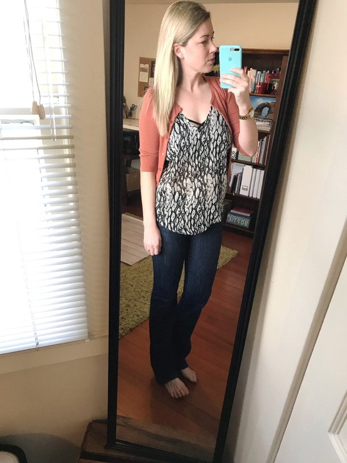 Simple, Casual, Chic Outfit for Coffee Date, Client Meetings, and More.