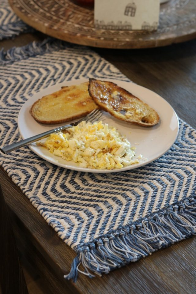 Scrambled Eggs with Sourdough Toast