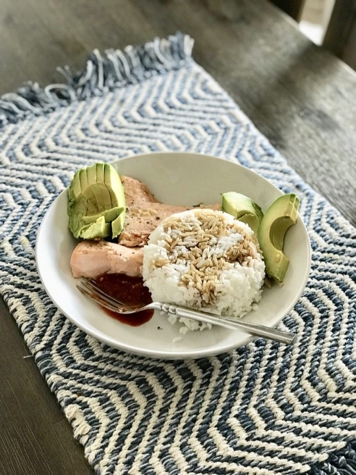 Salmon, avocado, and rice with Tamari (a wheat free soy sauce that I tend to opt-for whenever it's available) and sriracha. Yum!