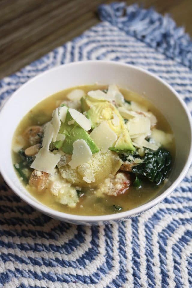 Daily Eats   Kale, Sausage, and White Bean Soup from Healthyish for dinner. This meal was so hearty. Inside: kale, potatoes, chicken broth, oregano, onion (lots!), chicken sausage (I just used the chicken sausage from TJ's and it was great!), red wine vinegar, salt, and pepper.
