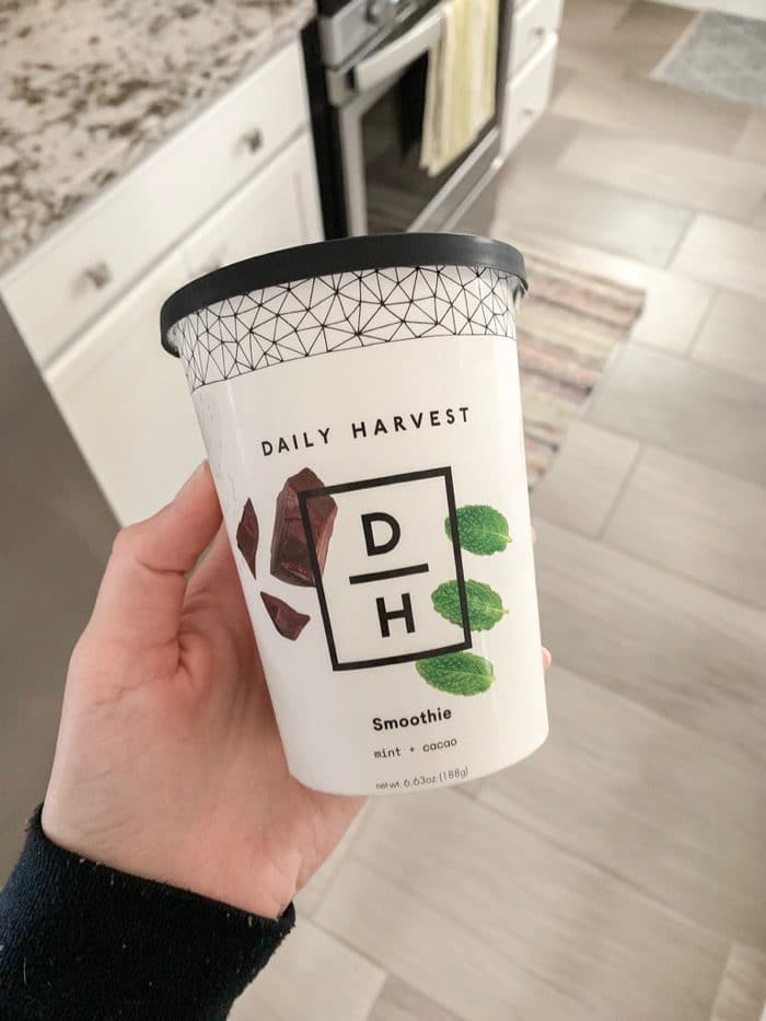 Simple, healthy Saturday morning breakfast   Daily Harvest's mint + cacao smoothie