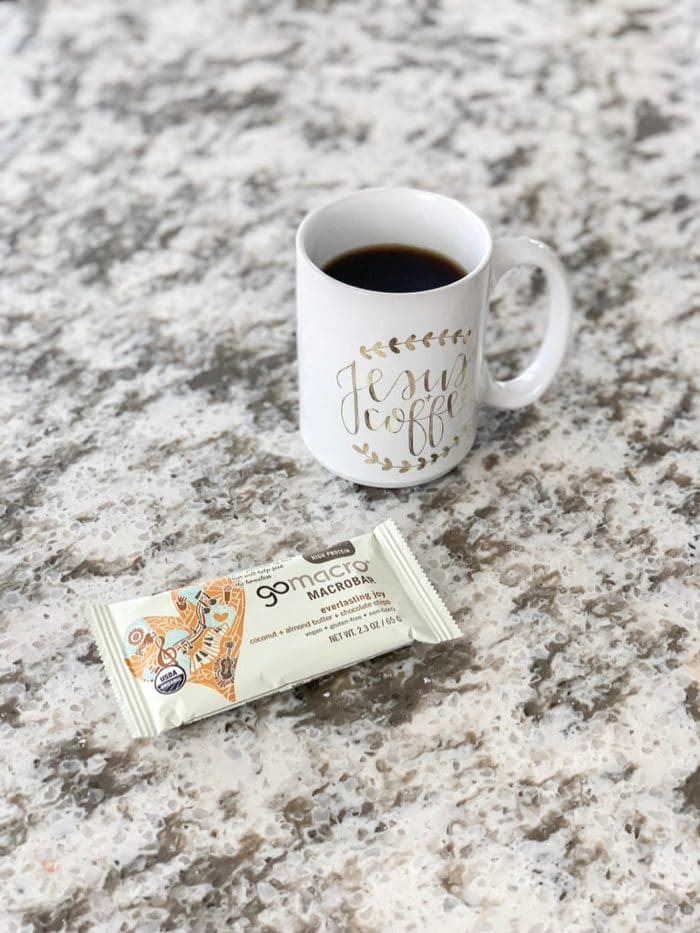 Daily Eats | Black coffee and GoMacro's Everlasting Joy bar for a mid-day refuel snack