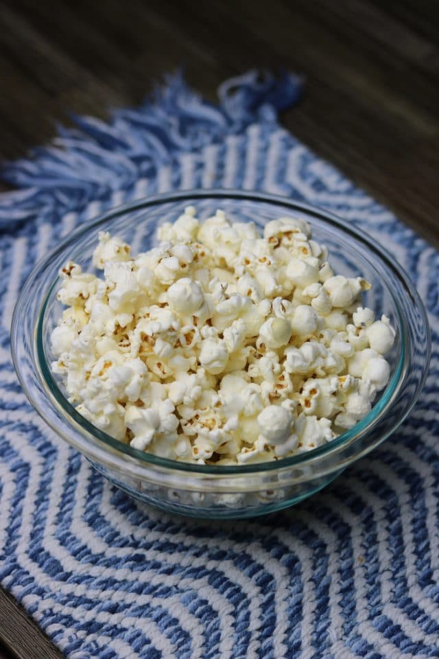 After dinner Marco, Abby and I snuggled up and watched a movie. I had this bowl of popcorn (TJ's pre-popped with olive oil).