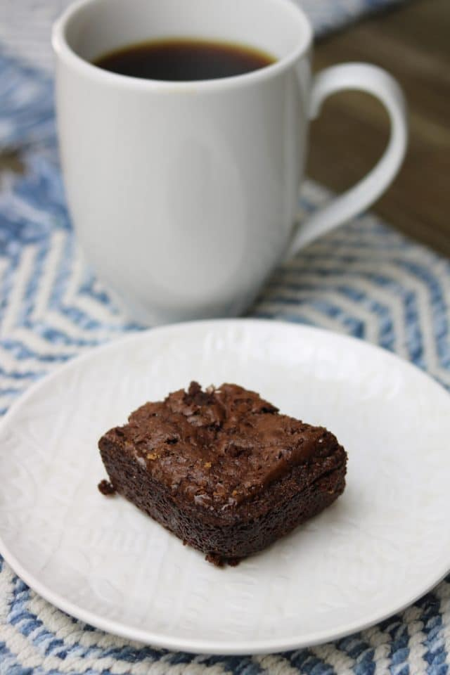 I wanted black coffee with a brownie for a midday dessert.
